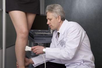 Как лечить вены на ногах народными средствами